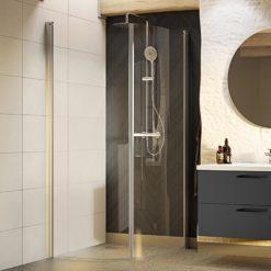 Svängda duschväggar
