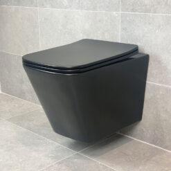 Vägghängd Toalettstol Svart Matt Qbad Square